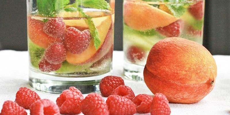 10 White Sangria Recipes For A Refreshing Summer Season