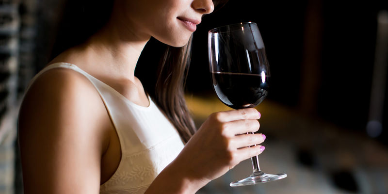 Do You Really Need To Switch Glasses When Wine Tasting?