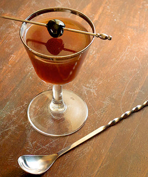 Drink These 9 Aphrodisiac-Filled Cocktails to Spice Up Your Weekend