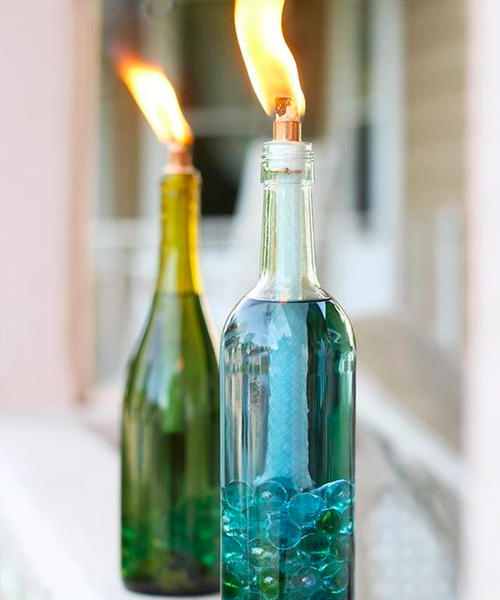 9 Adorable Garden Crafts to Make With Wine Bottles DIY wine bottle citronella candle