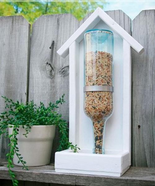 9 Adorable Garden Crafts to Make With Wine Bottles DIY Wine bottle bird feeder