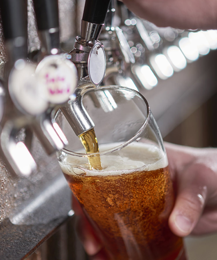 Chain Restaurants Are Now Removing Macro Beer From Their Taps