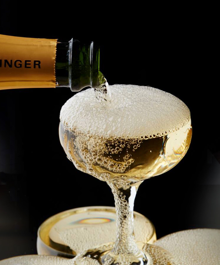 The Difference Between Vintage and Non-Vintage Champagne