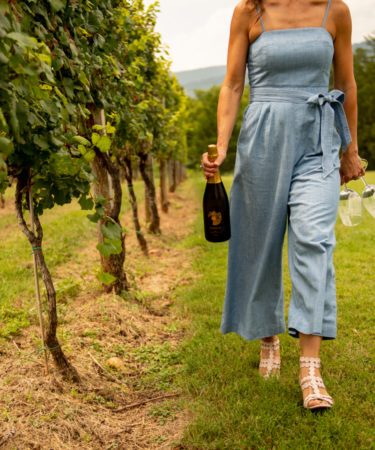 The Ultimate Guide to Tasting Through Virginia Wine Country